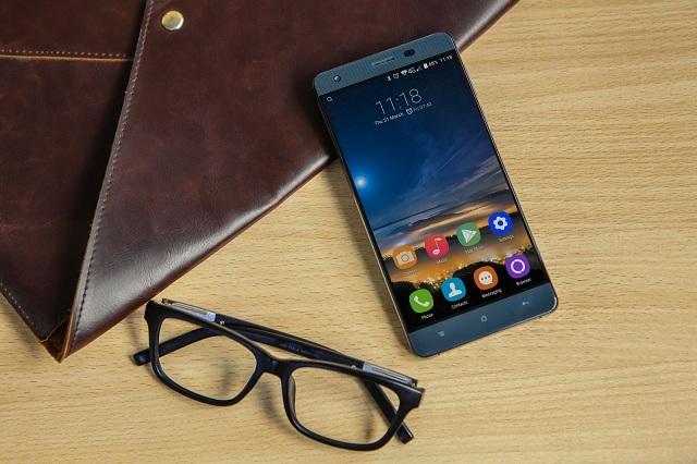 Рынок телефонов растет нафоне падения продаж остальных мобильных устройств
